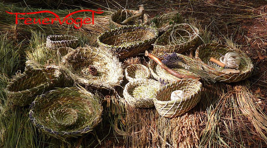 Luxus in seiner Einfachheit, Graskörbe in verschiedenen Grössen und Formen mit Naturmaterialien selber machen