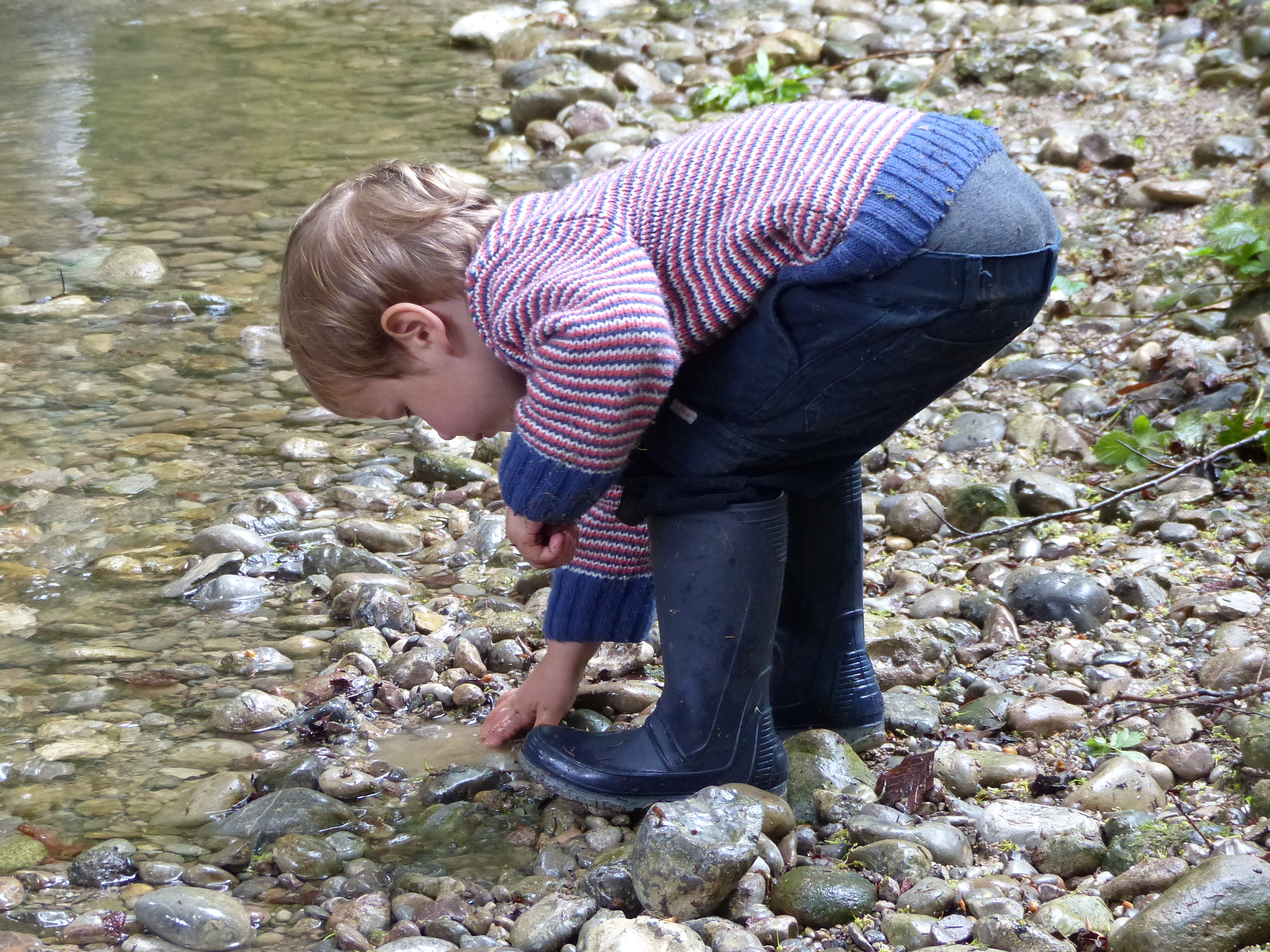 Jedes Fundstück ist selbst entdeckt und selbst ausgesucht und das Kind erfährt dadurch ein Stück Selbstwirksamkeit